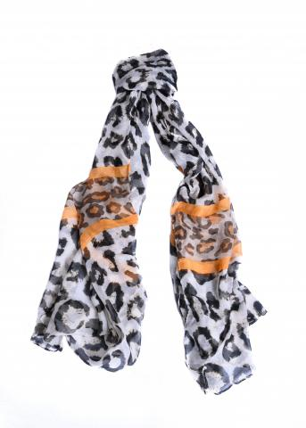 Animal print scarf 25% off